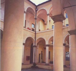 Pinactoeca Stuard convento